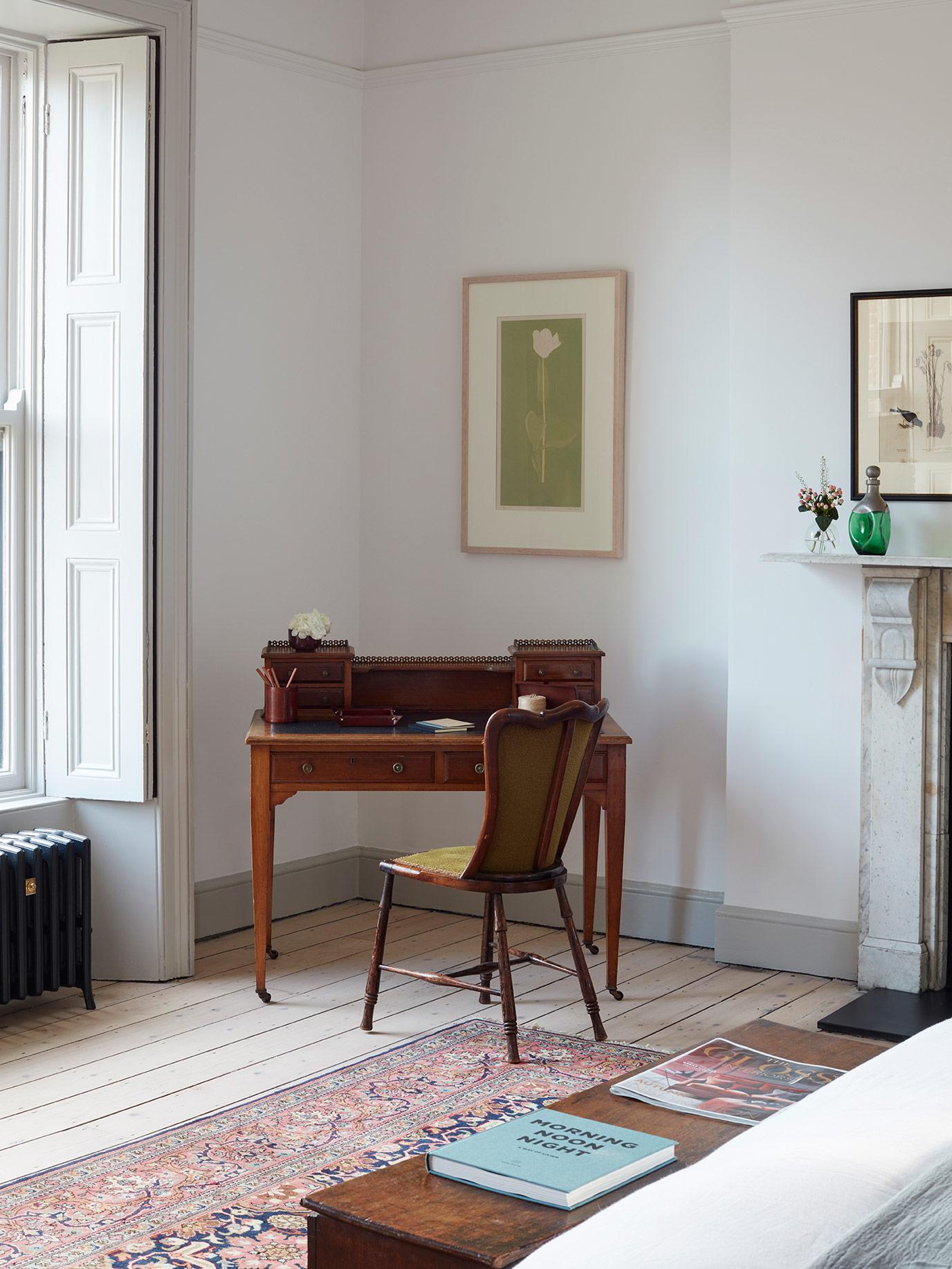 P&J – Rathgar – Bedroom Desk